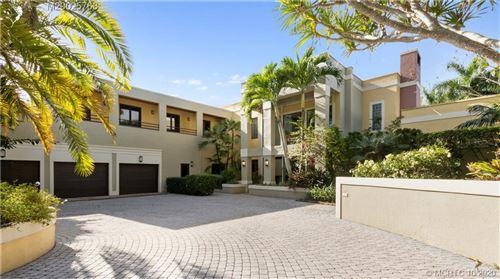 Photo of 24 Ridgeland Drive, Stuart, FL 34996 (MLS # M20025768)