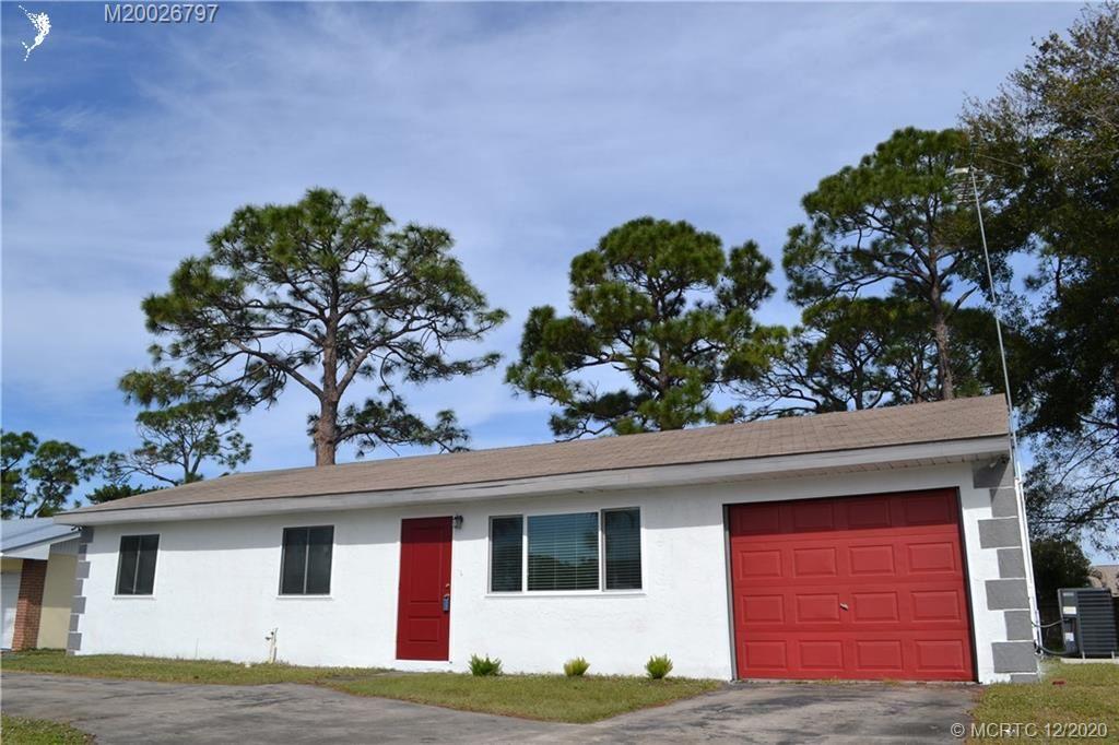 651 SE Port St Lucie Boulevard, Port Saint Lucie, FL 34984 - MLS#: M20026797