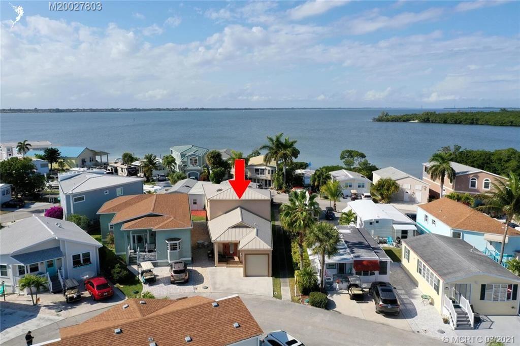 560 Nettles Boulevard, Jensen Beach, FL 34957 - #: M20027803