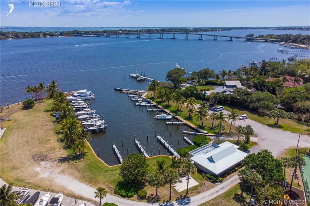132 SE Harbor Point Drive, Stuart, FL 34996 - #: M20028803