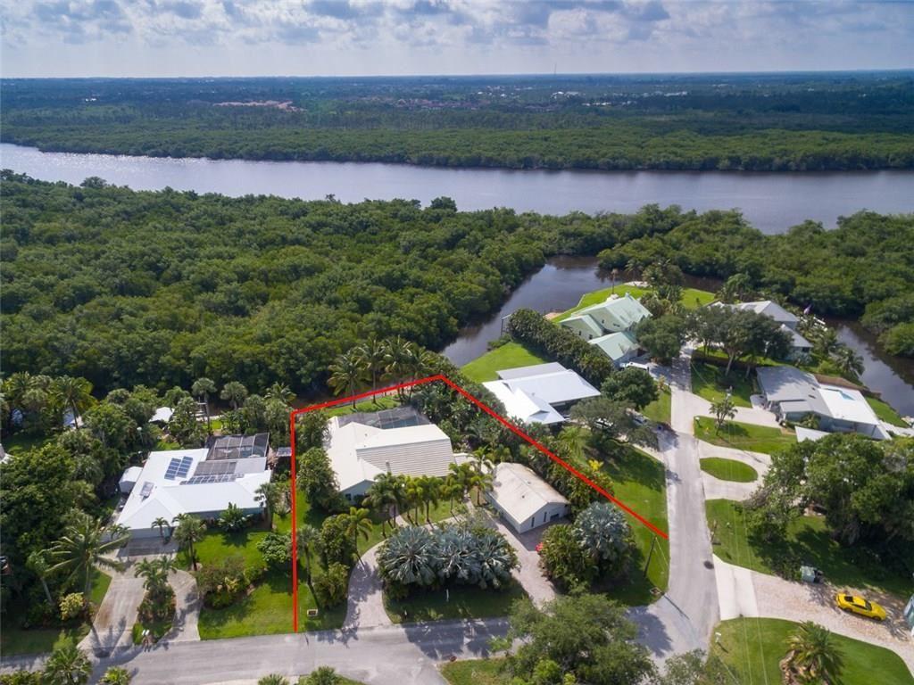 4089 SW Saint Lucie Shores Drive, Palm City, FL 34990 - #: M20017825