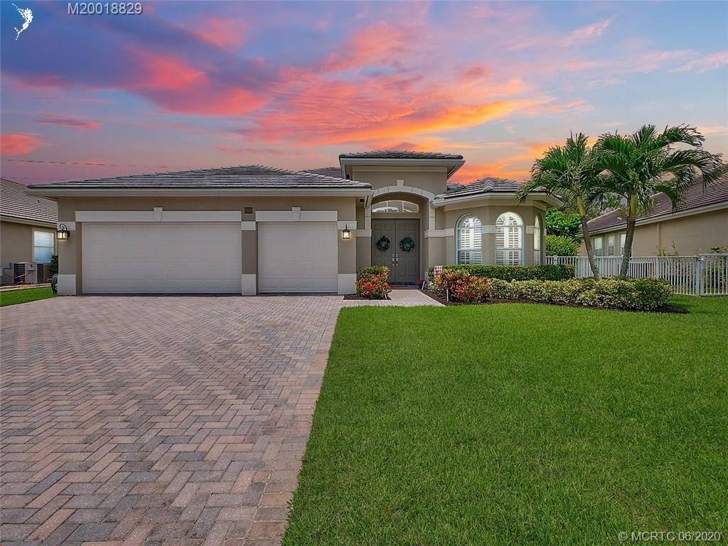 898 SW Lost River Shores Drive, Stuart, FL 34997 - #: M20018829