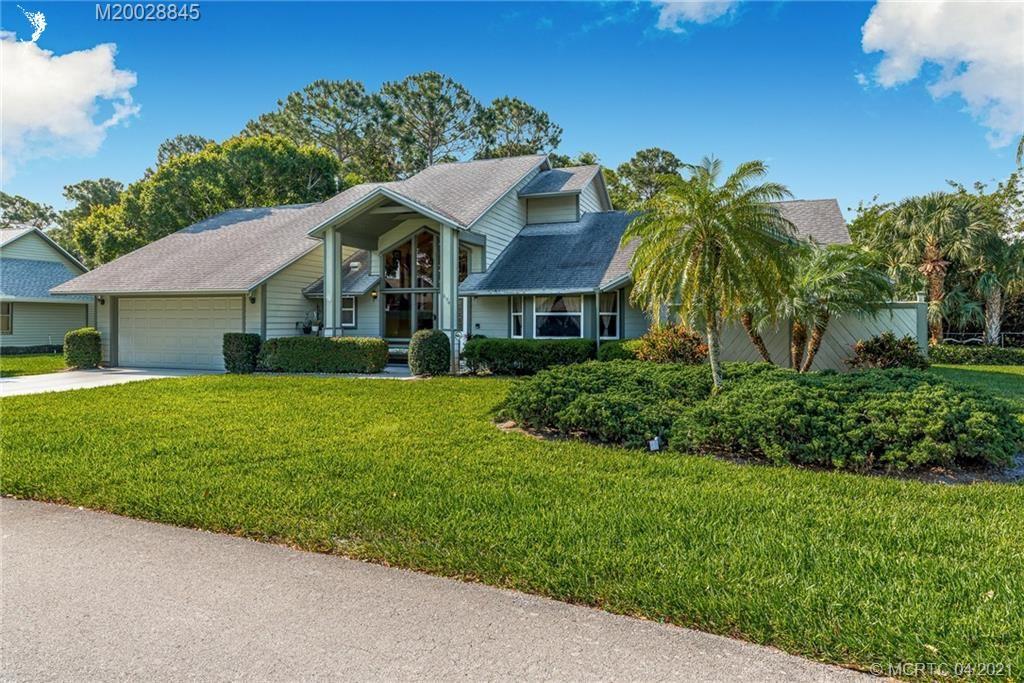 694 NE Dahoon Terrace, Jensen Beach, FL 34957 - #: M20028845