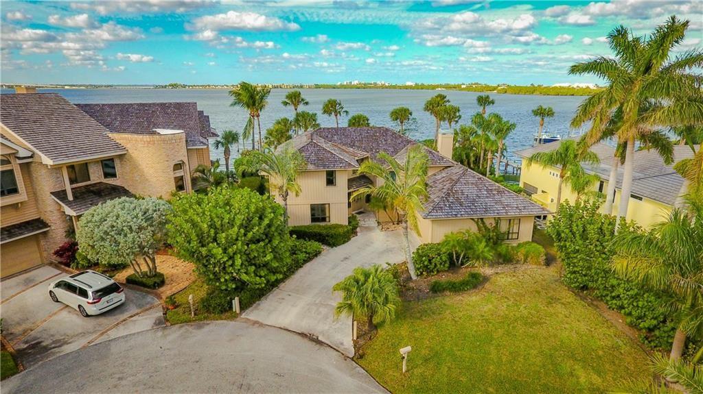 Photo of 4303 NE Joes Point Terrace, Stuart, FL 34996 (MLS # M20021920)
