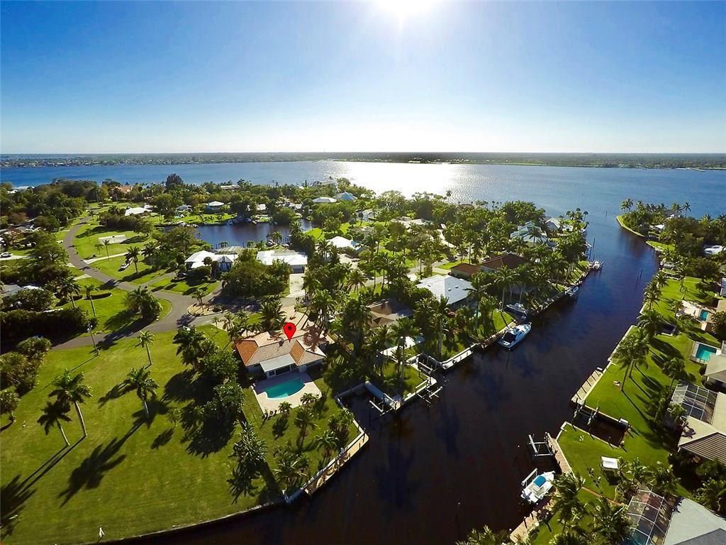 1695 NW Harbor Place, Stuart, FL 34994 - #: M20021930