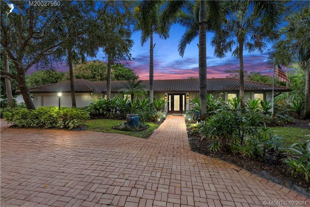 4 Copaire Drive, Stuart, FL 34996 - #: M20027960