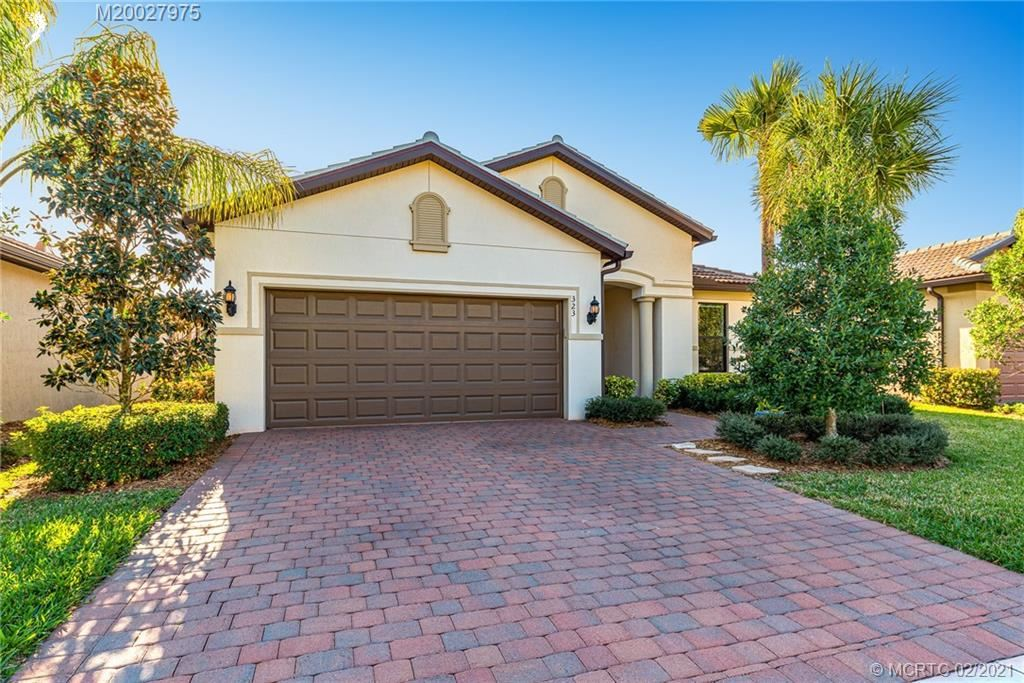 323 SE Courances Drive, Port Saint Lucie, FL 34984 - #: M20027975