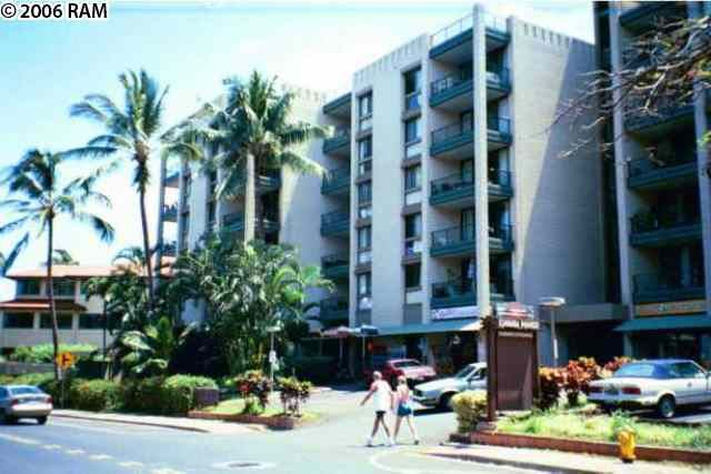 Photo of 4310 Lower Honoapiilani RD #417, Lahaina, HI 96761 (MLS # 391003)