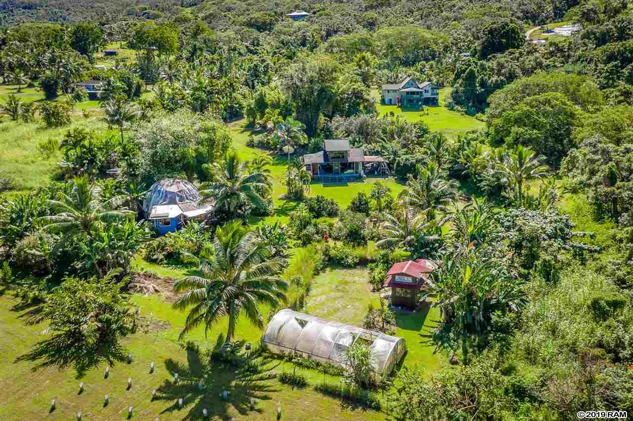 Photo of 2575 Hana Hwy #B, Hana, HI 96713-3001 (MLS # 385029)