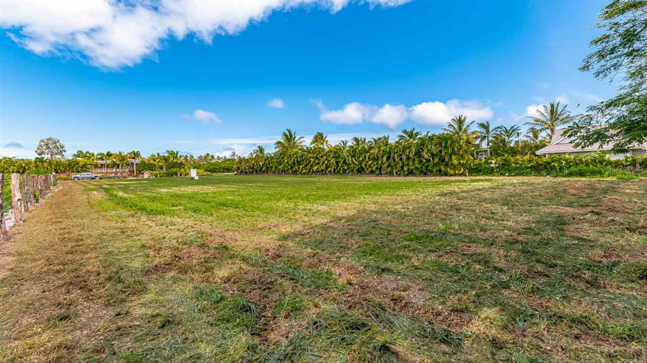 Photo of 0 Kapukaulua Pl, Paia, HI 96779 (MLS # 388084)