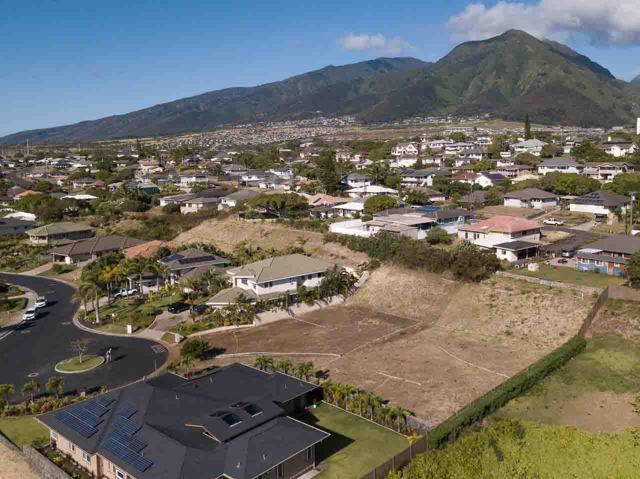 Photo of 68 Keoneloa St, Wailuku, HI 96793 (MLS # 387089)