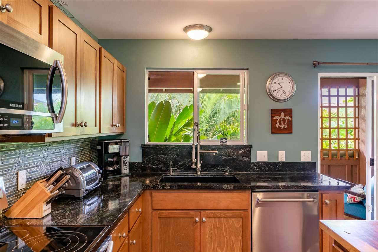 Photo of 302 Lau Manamana St #74, Wailuku, HI 96793 (MLS # 387096)