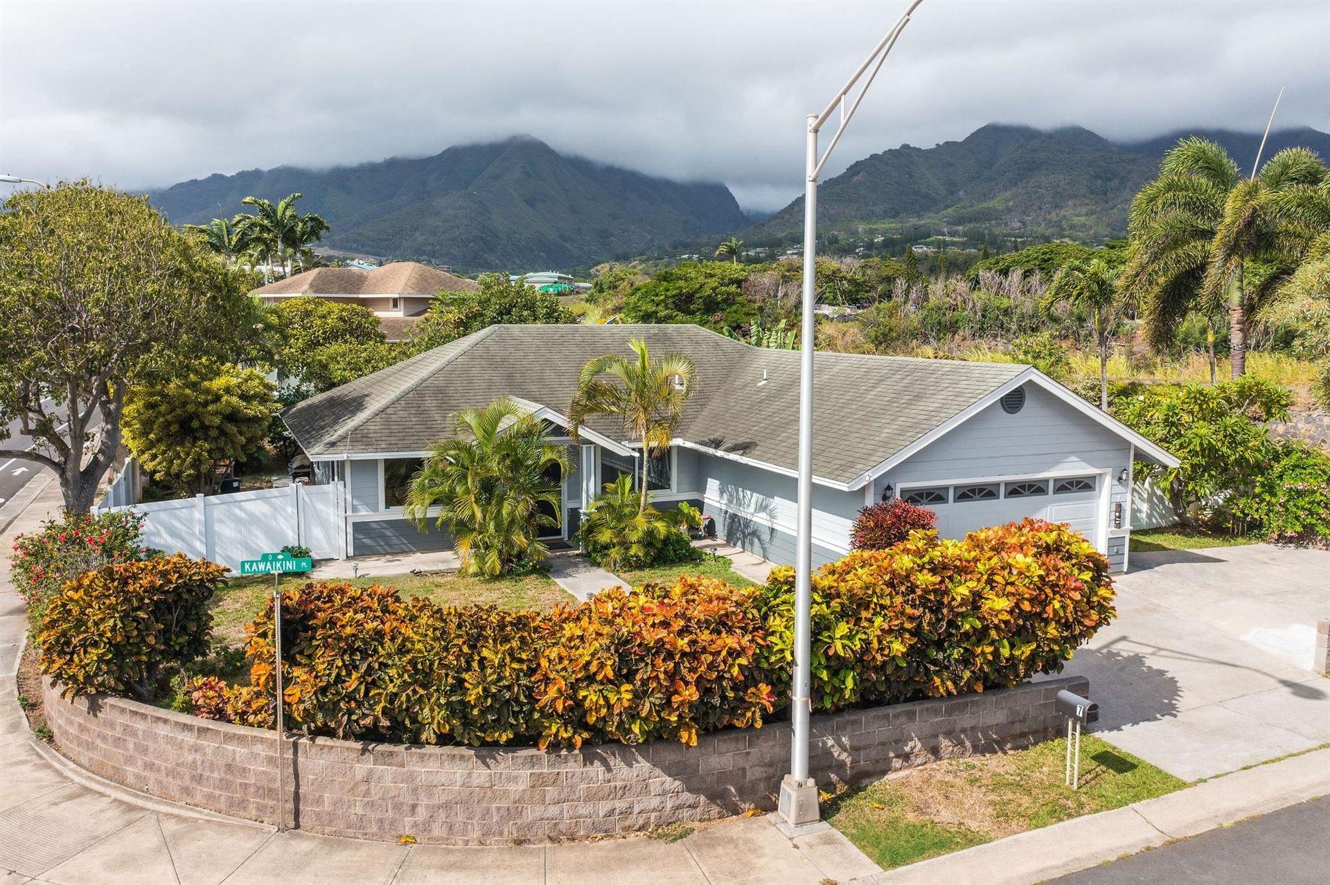 Photo of 7 Kawaikini Pl, Wailuku, HI 96793 (MLS # 393109)