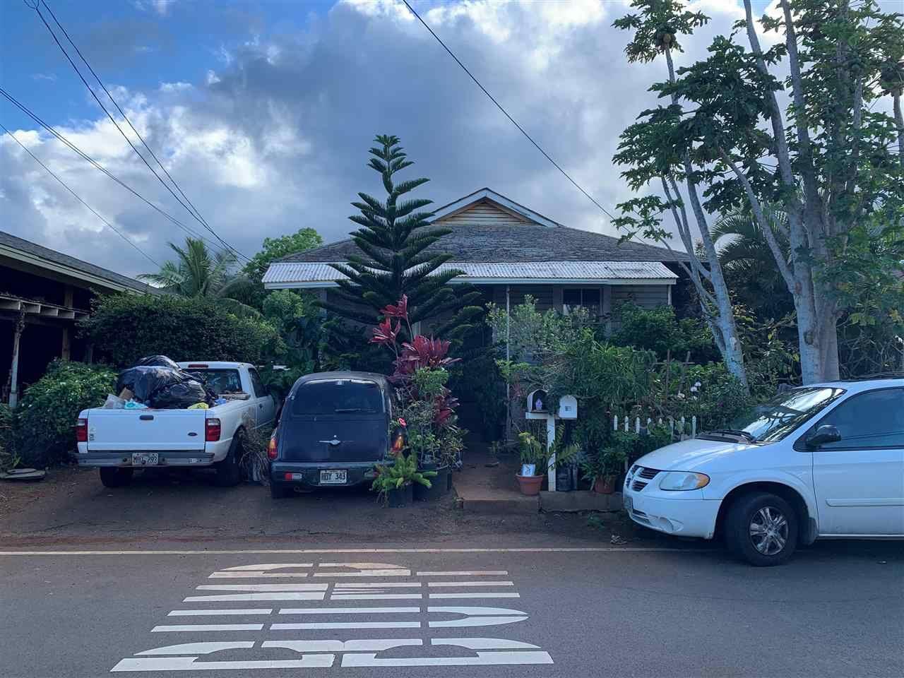 Photo of 95 Mission St, Wailuku, HI 96793-1833 (MLS # 391131)