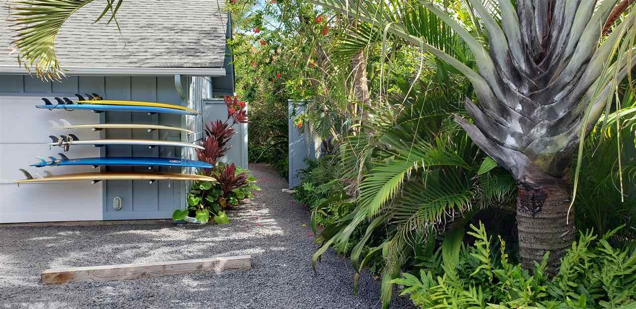 Photo of 630 Waiehu Beach Rd, Wailuku, HI 96793-1330 (MLS # 391154)