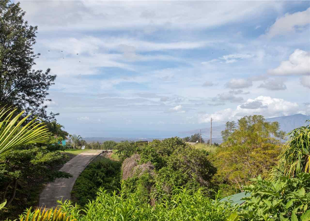 Photo of 425B Omaopio Rd #B, Kula, HI 96790 (MLS # 386161)