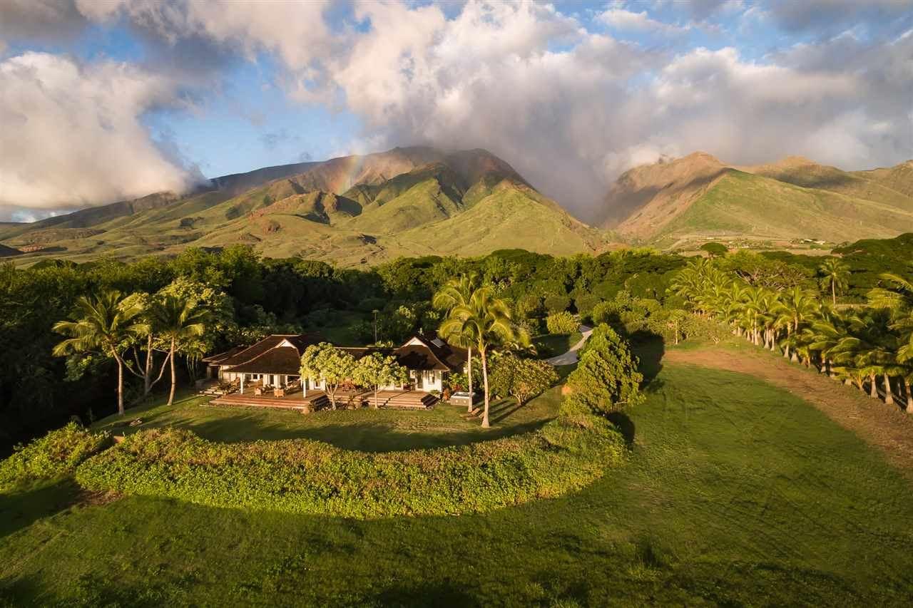 Photo of 69 KUAHULU Pl, Lahaina, HI 96761 (MLS # 387185)