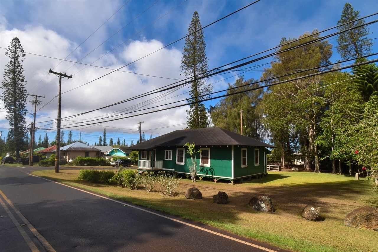 Photo of 275 Lanai Ave, Lanai City, HI 96763 (MLS # 392444)