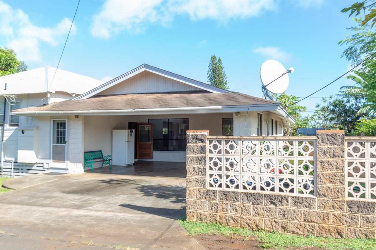 Photo of 943 Maile St, Makawao, HI 96768 (MLS # 392495)