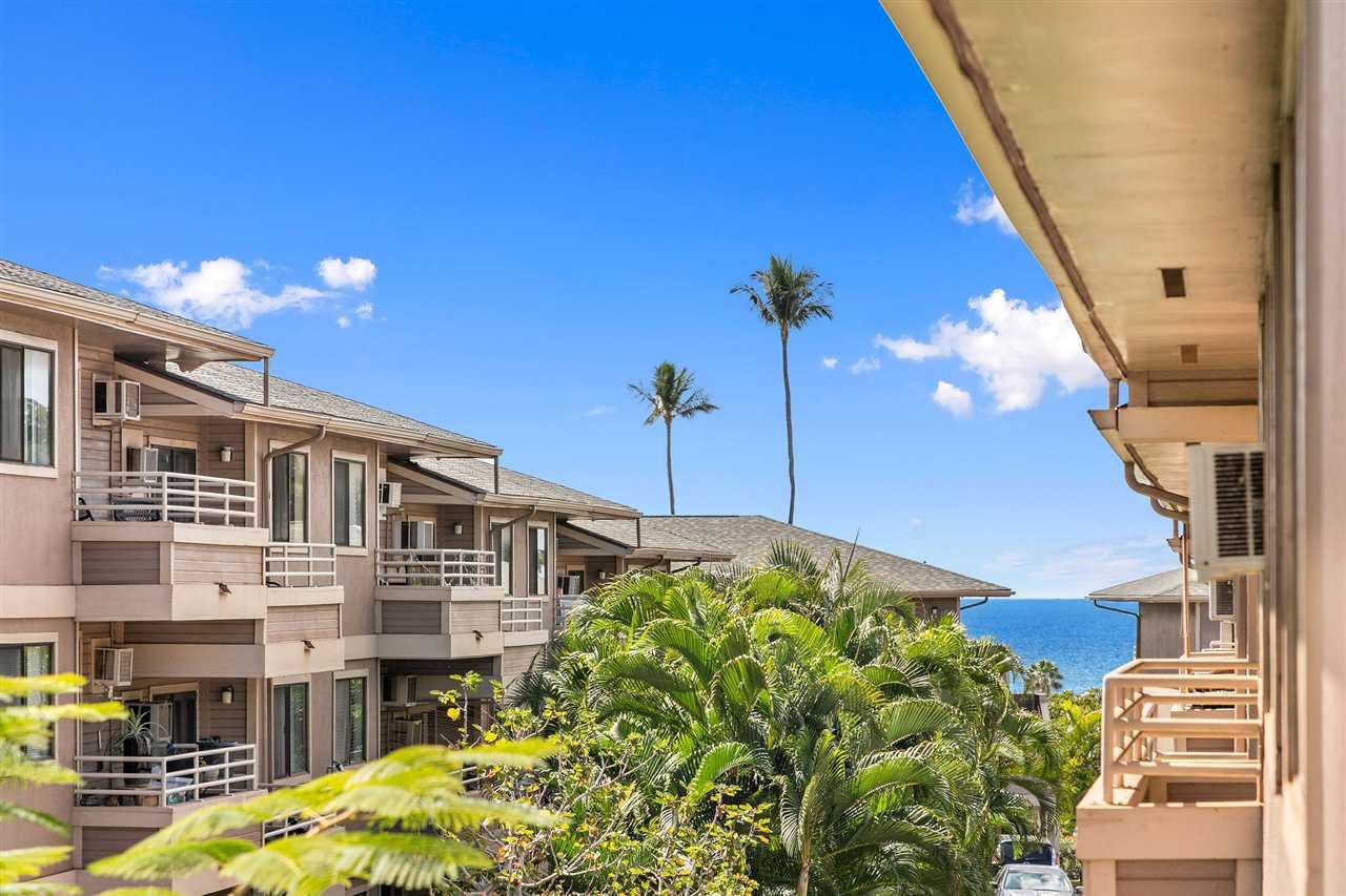 Photo of 2747 S Kihei Rd #E-302, Kihei, HI 96753 (MLS # 390524)