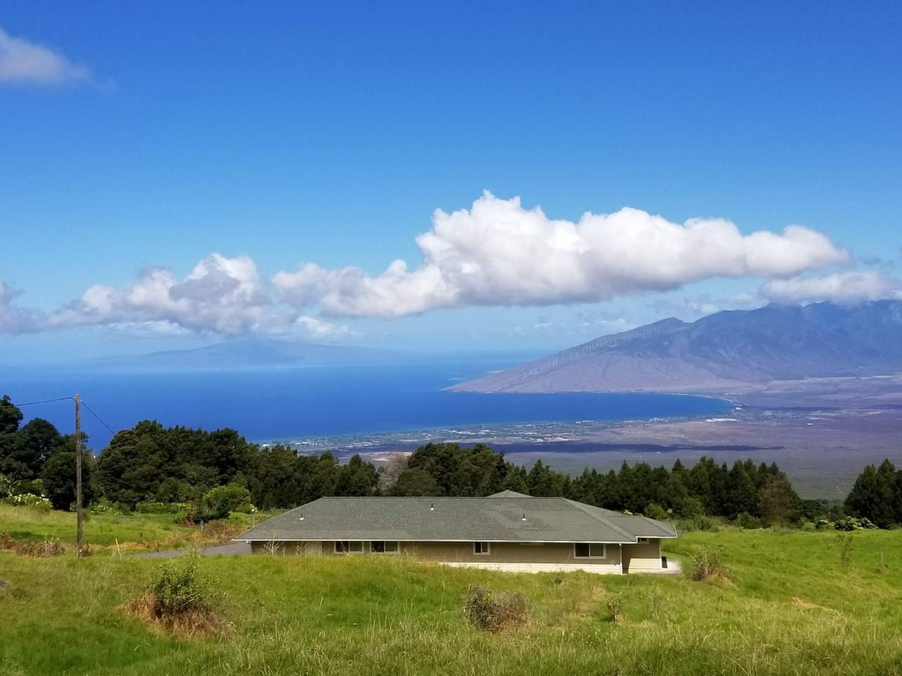 Photo of Middle Rd, Kula, HI 96790-7510 (MLS # 386573)