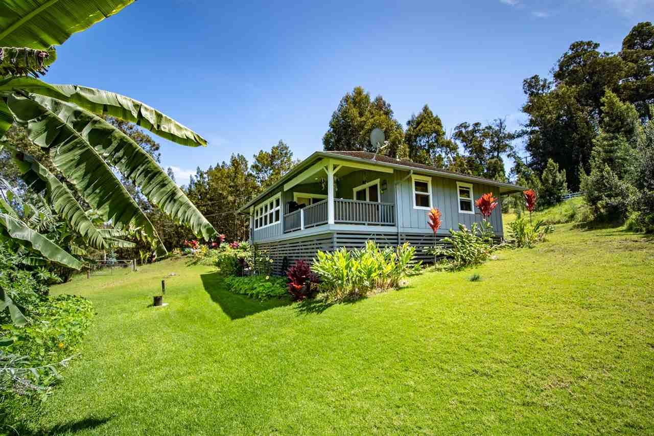 Photo of 180 Waiakoa Rd, Kula, HI 96790 (MLS # 386622)