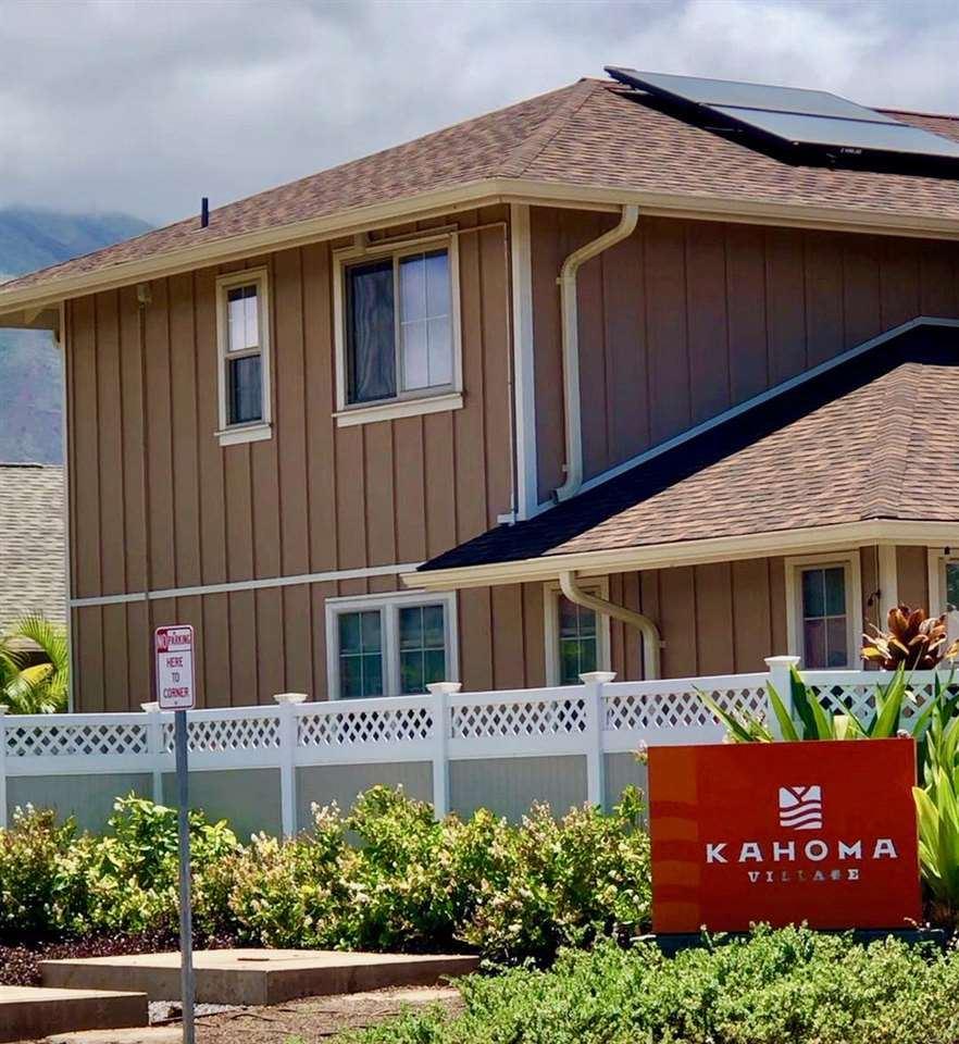 Photo of 16 Kahoma Village Loop #41, Lahaina, HI 96761 (MLS # 392626)
