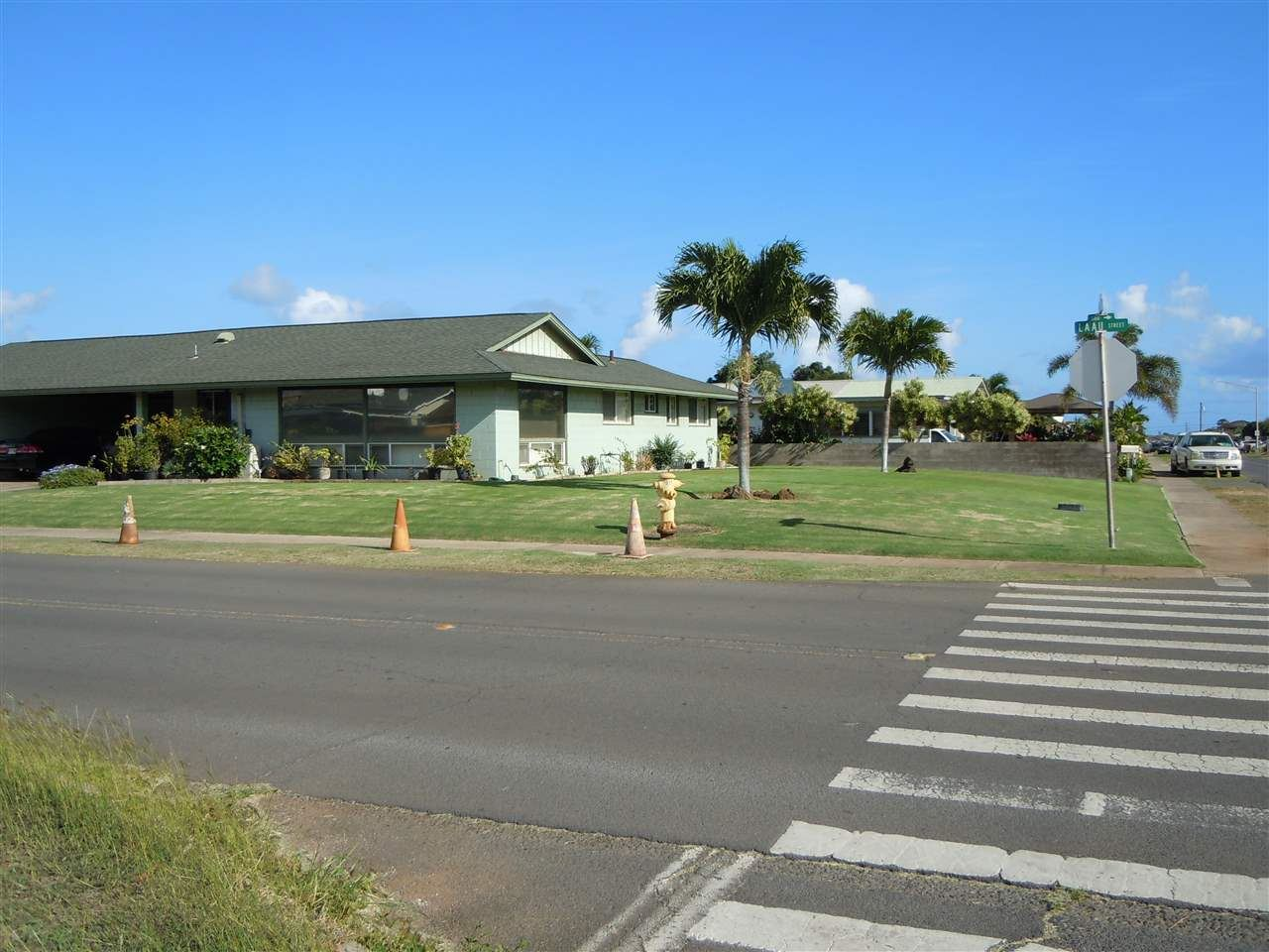 Photo of 533 Laau St, Kahului, HI 96732 (MLS # 389640)