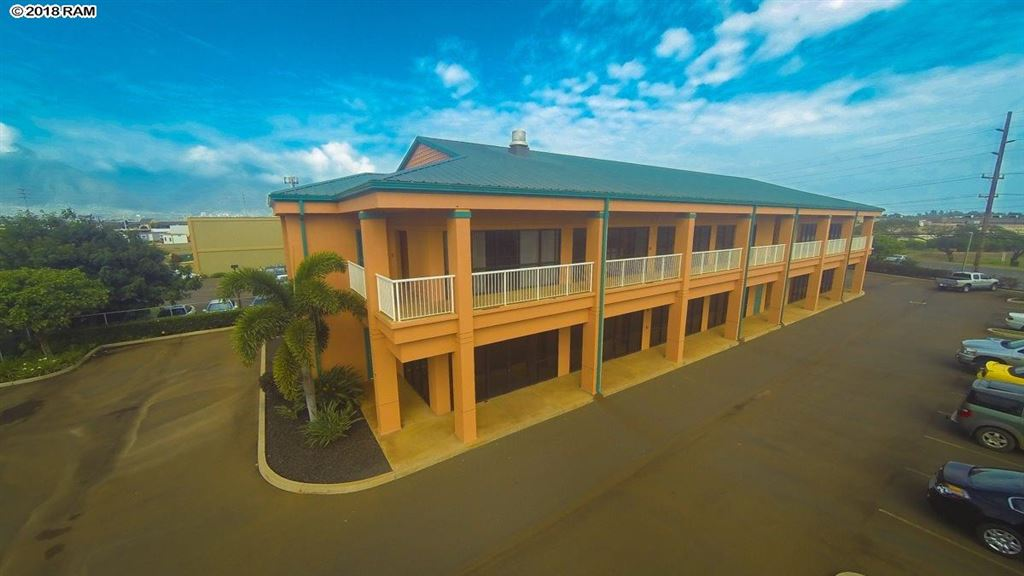 Photo of 427 Ala Makani St, Kahului, HI 96732-2984 (MLS # 378645)