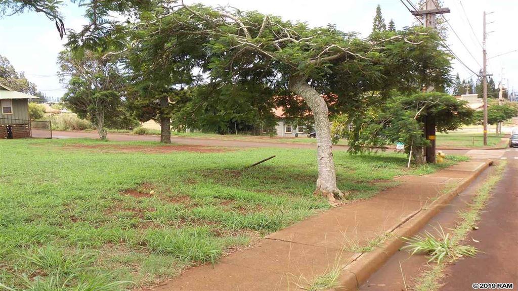 Photo of 100 Maunaloa Hwy #E-09, Maunaloa, HI 96770 (MLS # 384716)