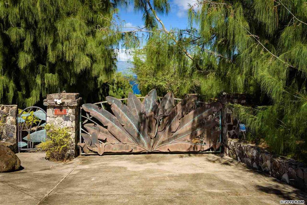 Photo of 6291 HONOAPIILANI Hwy, Lahaina, HI 96761 (MLS # 381791)