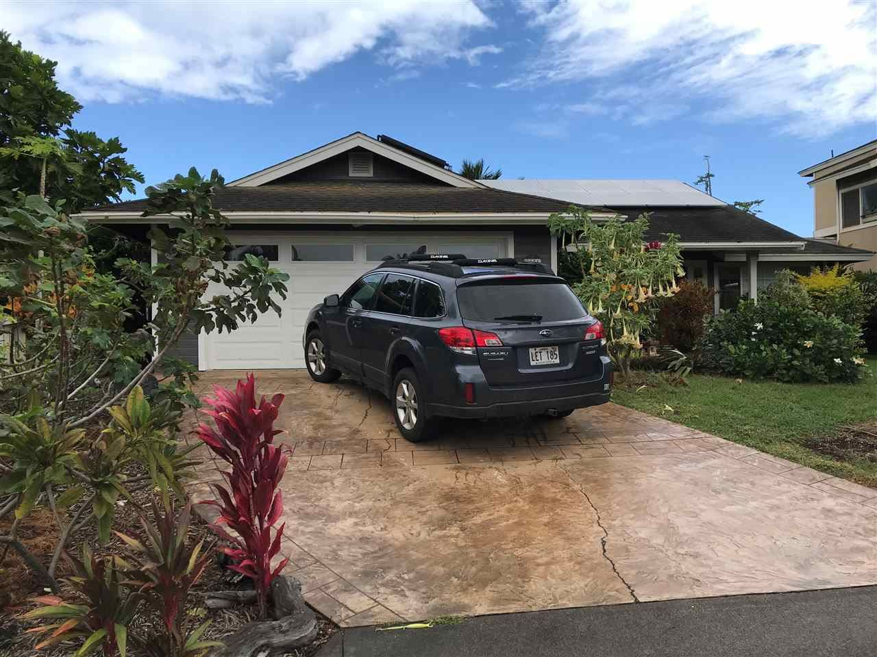 Photo of 27 S Laelua Pl, Paia, HI 96779 (MLS # 388816)