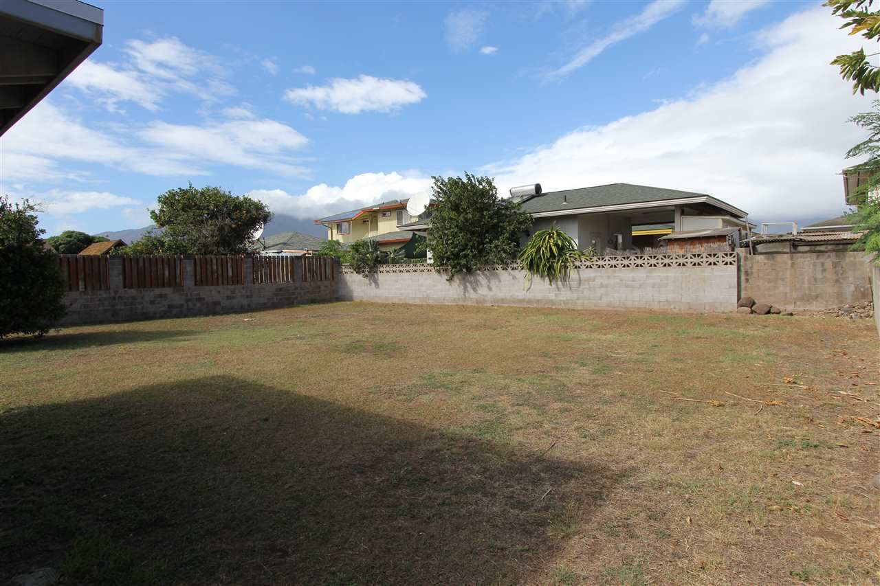 Photo of 206 Ani St, Kahului, HI 96732 (MLS # 389845)
