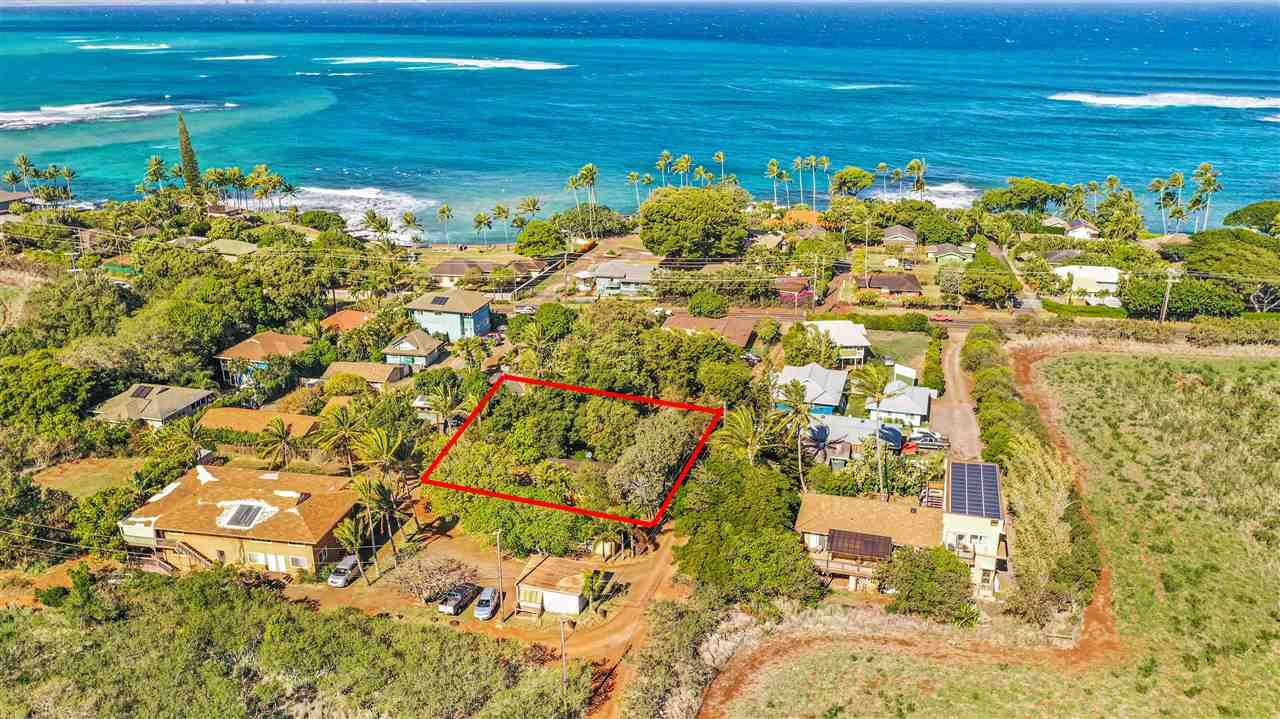 Photo of 14 Kulani Pl, Paia, HI 96779-9747 (MLS # 389874)