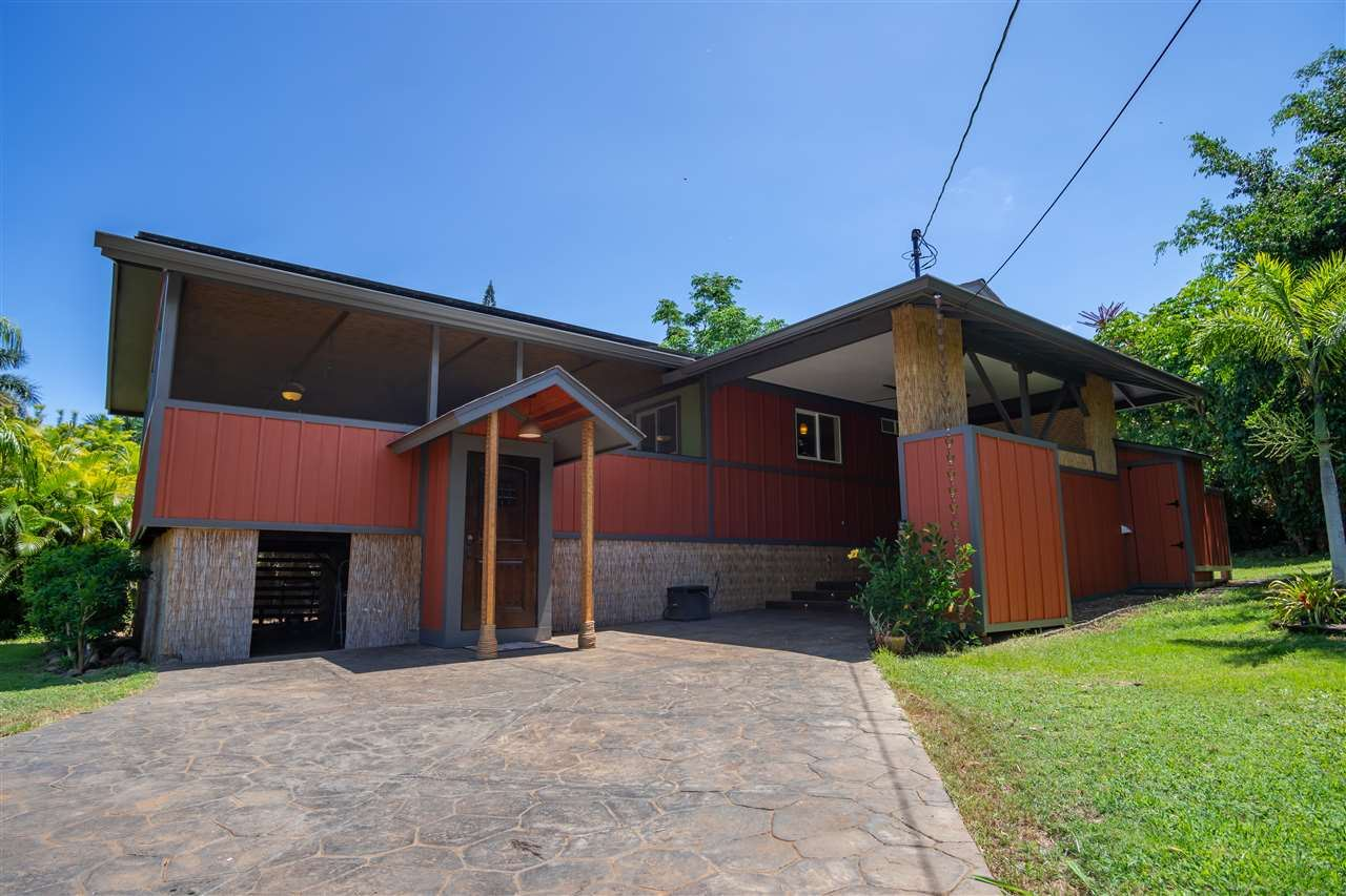 Photo of 495 Hoala Dr, Kihei, HI 96753-0000 (MLS # 387904)