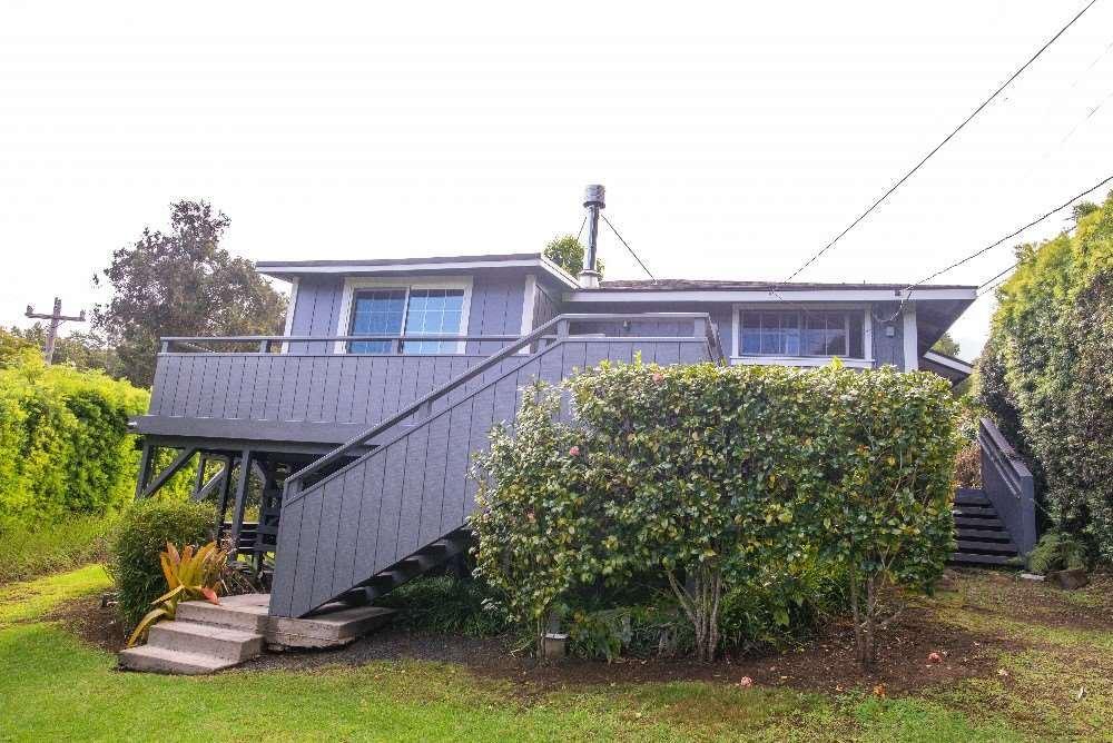 Photo of 91 Waiakoa Rd, Kula, HI 96790 (MLS # 390933)