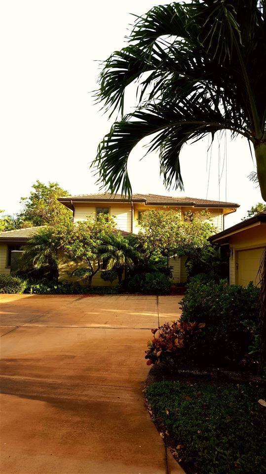 Photo of 226 Hulopoe Dr, Lanai City, HI 96763 (MLS # 391991)