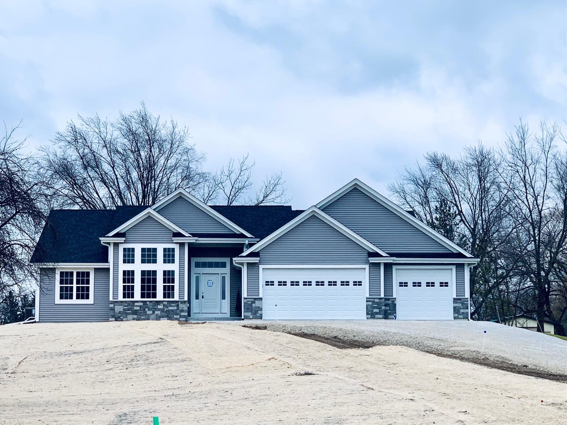 3037 W Forest Hill Ave, Franklin, WI 53132 - #: 1720004