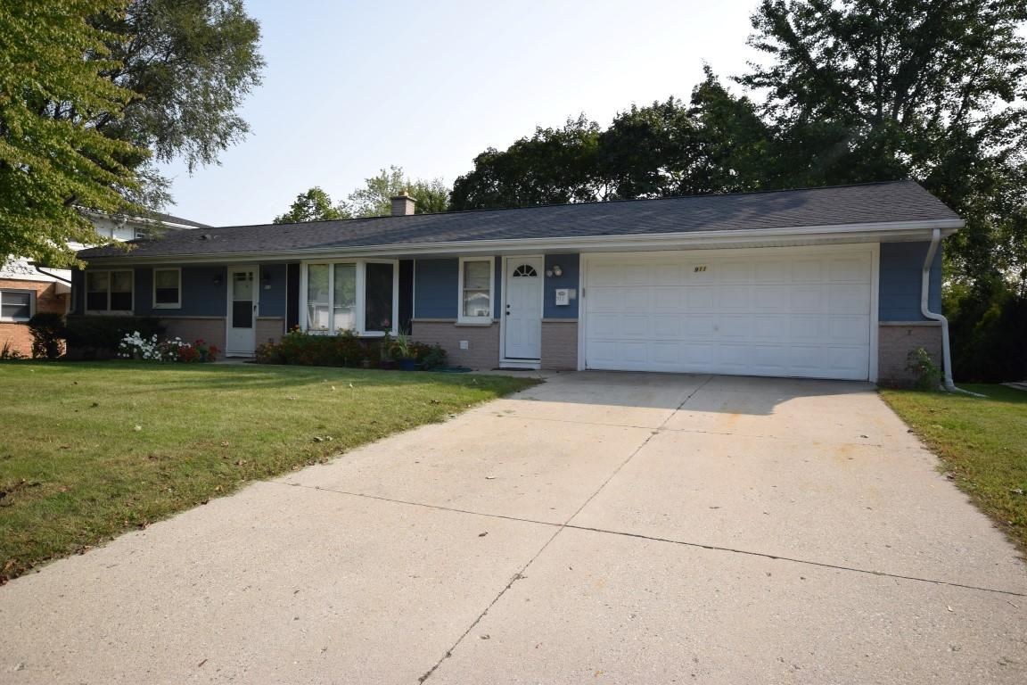 911 N 18th Ave, West Bend, WI 53090 - #: 1711005