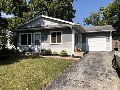 Photo of 24504 68th St, Paddock Lake, WI 53168 (MLS # 1711012)