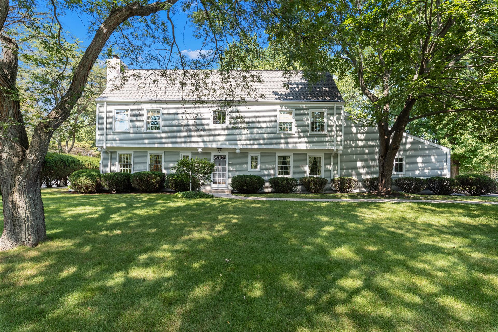 2412 W Chestnut Rd, Mequon, WI 53092 - #: 1759013