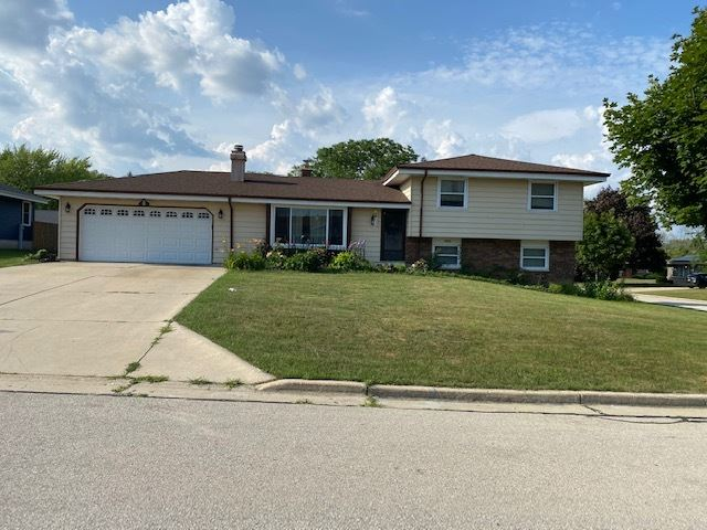 4122 W Alvina Ave, Greenfield, WI 53221 - MLS#: 1751016