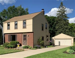 Photo of 542 N 115th St, Wauwatosa, WI 53226 (MLS # 1643018)