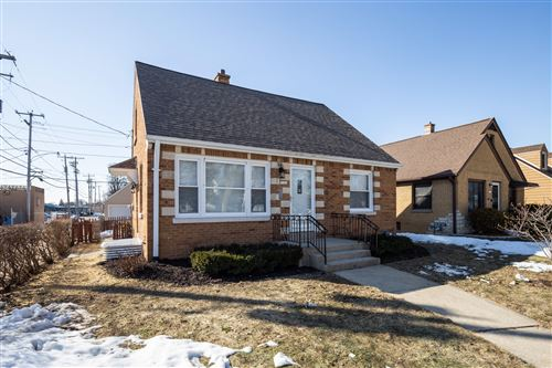 Photo of 3121 N 77th St, Milwaukee, WI 53222 (MLS # 1729020)