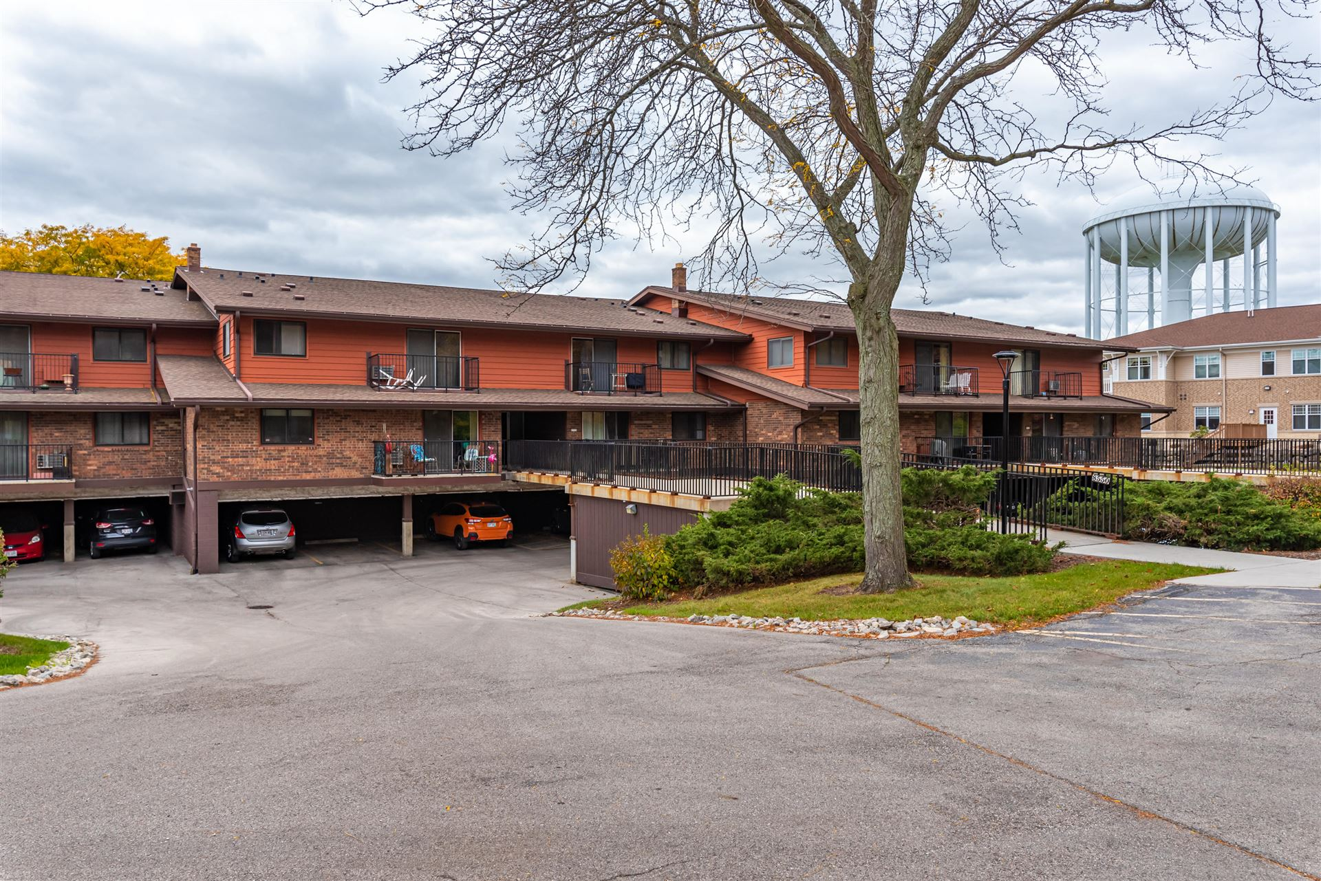 8550 W Waterford Ave #3, Greenfield, WI 53228 - #: 1715020