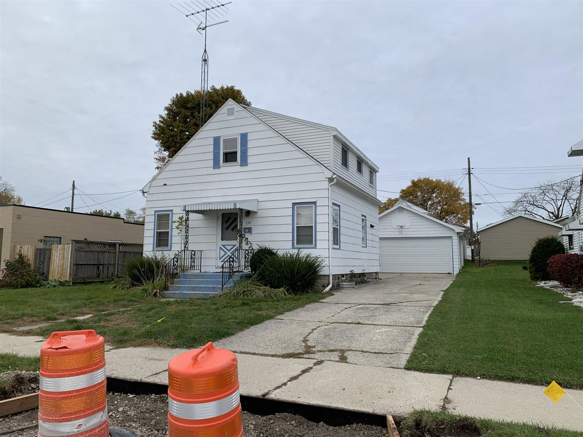 530 S 29th St, Manitowoc, WI 54220 - #: 1717023