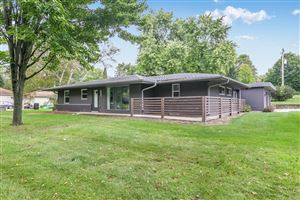 Photo for 4580 N 150th St, Brookfield, WI 53005 (MLS # 1662031)