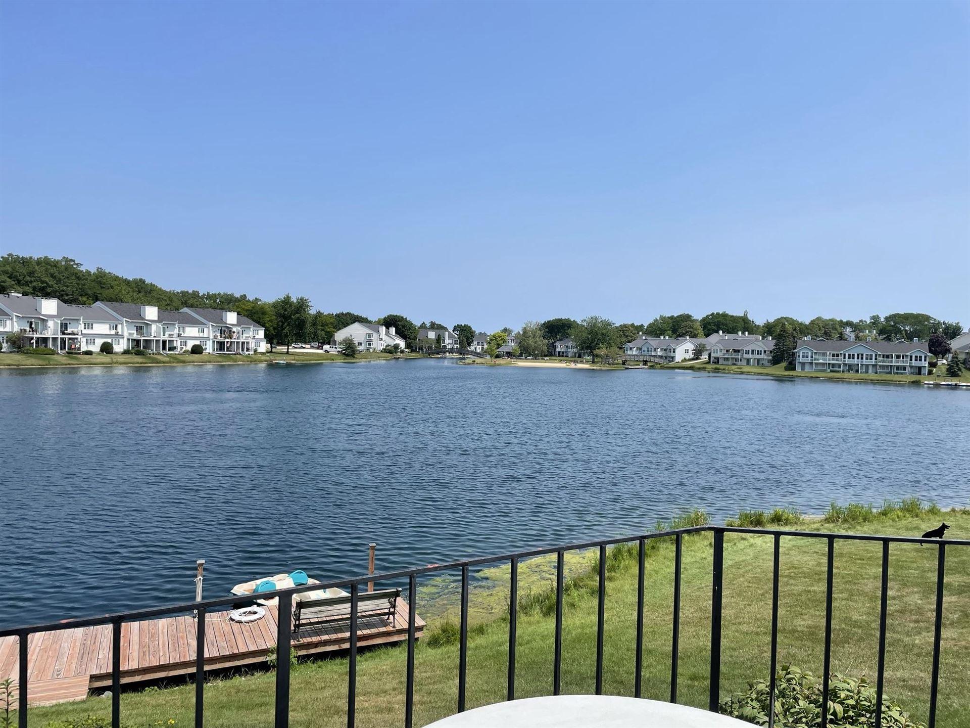 8446 S Tuckaway Shores Dr, Franklin, WI 53132 - MLS#: 1753035