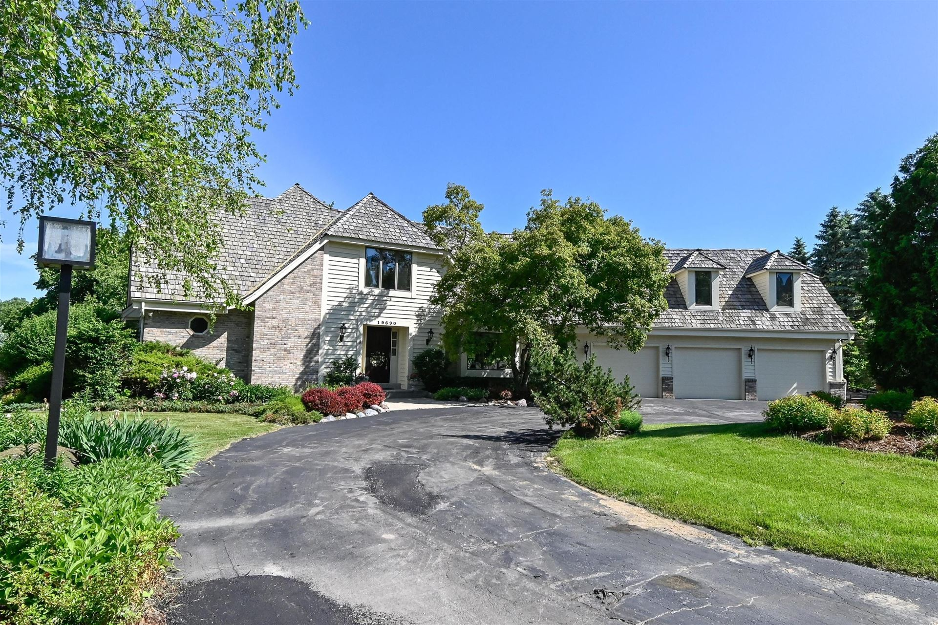 19690 Putneys Ct, Brookfield, WI 53045 - #: 1694040