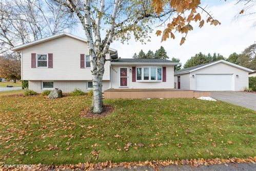 Photo of 2640 S 14th St., Manitowoc, WI 54220 (MLS # 1667045)